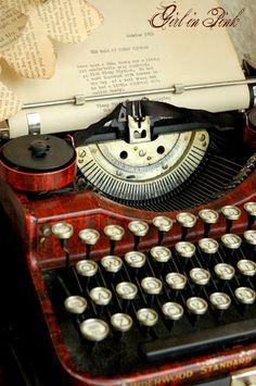 Cherrywood Underwood typewriter 1920's
