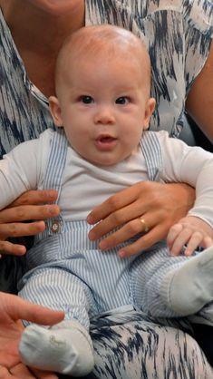 Archie son of prince Harry and Meghan Prince Harry Et Meghan, Meghan Markle Prince Harry, Princess Meghan, Prince Henry, Prince And Princess, Harry And Meghan, Tamar Braxton, Diane Lane, Josh Duhamel