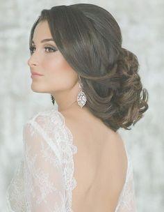 Hochsteckfrisur für #langes #Haar   Klassisch & stilvoll ...   Frauen Haare  