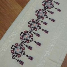 This Pin was discovered by Zey Cross Stitch Geometric, Cross Stitch Borders, Modern Cross Stitch, Cross Stitch Designs, Cross Stitch Patterns, Loom Patterns, Crewel Embroidery, Hand Embroidery Designs, Cross Stitch Embroidery