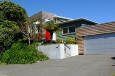 Beautiful Holiday Home in Paraparaumu Beach, Kapiti Coast | Bookabach