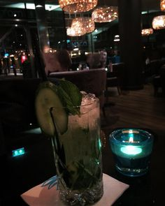 #London #motelone #towerhill #lobby #drinks #mojito #cucumber #healthy # #lastnight #dontwannaleave #travel #travelling #goodtime #goodlife #photooftheday by melli.na