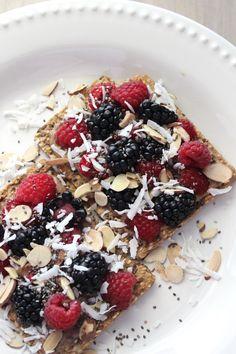 gluten free crispbread with toppings; high fiber alternative to GG crackers
