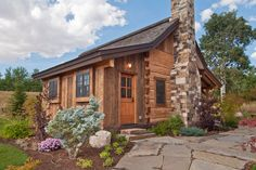 Small Cabin Design Ideas, Pictures, Remodel, and Decor - page 10