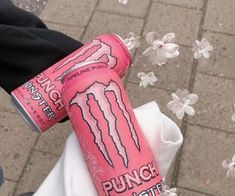 Aesthetic Indie, Pink Aesthetic, Bebidas Energéticas Monster, Photographie Indie, Monster Pictures, Monster Energy Girls, Monster Energy Drinks, Emo Princess, Estilo Indie