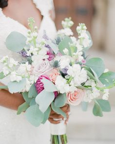 Simple Pastel Wedding Ideas for a Spring Wedding Spring Wedding Flowers, Romantic Flowers, Floral Wedding, Spring Weddings, Bridesmaid Flowers, Wedding Bouquets, Instagram Wedding, Spring Bouquet, Pastel Flowers
