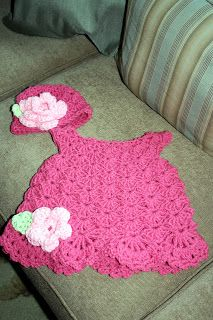 Crochet Baby Dress Priscillas: Baby dress , hat and the start of a granny strip… Baby Girl Crochet, Crochet Baby Clothes, Love Crochet, Crochet For Kids, Knit Crochet, Crochet Dresses, Crochet Crafts, Crochet Projects, Baby Patterns