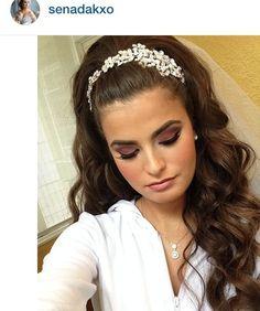 Brauthaar / Make-up - - - Brauthaar / Make-up – – – Informationen zu Bridal Hair/Makeup – - Pigtail Hairstyles, Bride Hairstyles, Headband Hairstyles, Trendy Hairstyles, Hairstyles Videos, Hair Scarf Styles, Long Hair Styles, Wedding Hair Inspiration, Makeup Inspiration