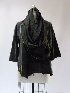 [industrial cowl; re-fashioned undiluted tunic]