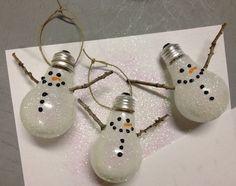 adorable snowmen lightbulb ornaments!