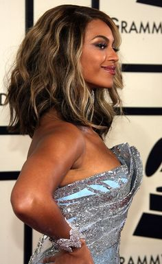 Beyonce's hair at the grammy's in 2008