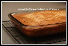 Quick and easy rhubarb cake recipe
