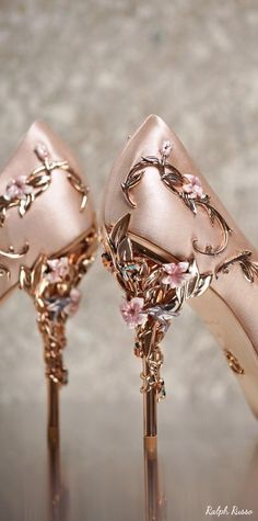 My shoes need flowers on them. Rose gold is perfect   Ralph Russo Wedding Shoes 8 04042017 | Deer Pearl Flowers