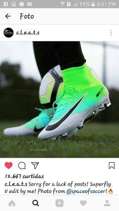I need theseeeeeee Best Soccer Cleats, Girls Soccer Cleats, Soccer Gear, Soccer Boots, Soccer Equipment, Football Shoes, Nike Soccer, Play Soccer, Football Cleats