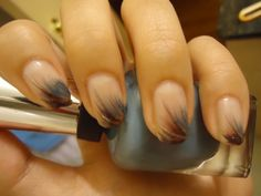 Feathered tip nails