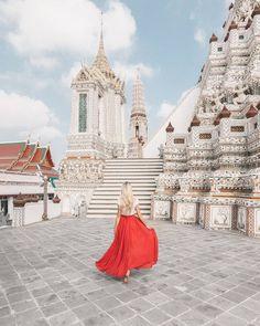 Beautiful white temple Wat Arun in Bangkok Thailand ✨❤️