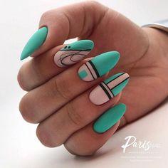 Nail art Christmas - the festive spirit on the nails. Over 70 creative ideas and tutorials - My Nails Love Nails, Pretty Nails, My Nails, Green Nail Art, Green Nails, Blue Nail, Fabulous Nails, Perfect Nails, Acrylic Nail Designs