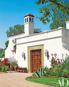 Richard Landry Crafts a Spanish Colonial-Style Home in Los Angeles - Style Architectural
