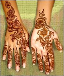 THE ART OF MEHNDI IN PAKISTAN