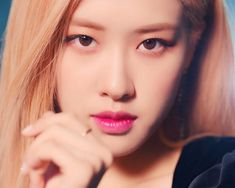 Image uploaded by Blackpink. Find images and videos about kpop, korean and rose on We Heart It - the app to get lost in what you love. Picture Icon, Rose Park, Blackpink Fashion, Park Chaeyoung, Kpop, Blackpink Jennie, Editing Pictures, Yg Entertainment, Cool Girl