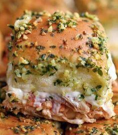 Chicken Parmesan Sliders....might use alfredo sauce instead of marinara sauce