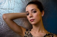Model Glamour Photography Glamour Photography, Hoop Earrings, Album, Model, Accessories, Jewelry, Fashion, Moda, Schmuck