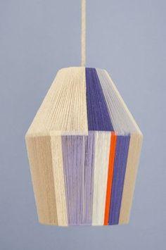 How To: Make a Glorious Woven Pendant Shade with Embroidery Floss! How To: Make a Glorious Woven Pendant Shade with Embroidery Floss! Mason Jar Crafts, Mason Jar Diy, Diy Design, Light Bulb Vase, Diy Luminaire, Embroidery Hoop Crafts, Embroidery Ideas, I Love Lamp, Light Crafts