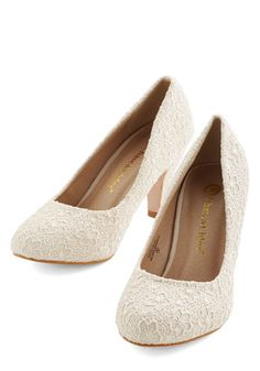 I'm Sew Excited Heel in Ivory. These darling cream heels have you dancing with delight! #gold #prom #modcloth