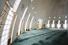 Yeşilvadi Mosque - Photographies - Projected by Adnan Kazmaoğlu - Photos by Roberto Conte - Provincia di Istanbul, Turquía Mosque Architecture, Architecture Design, Islamic Center, Genius Loci, Beautiful Mosques, Islamic Art, My House, Modern Design, Art Deco