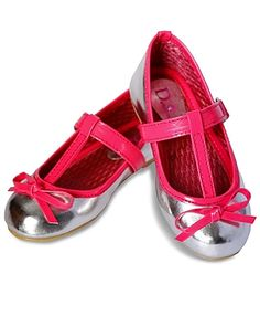 D'chica Shoes Chic Pink And Silver Loafers http://www.firstcry.com/dchica-shoes/d'chica-shoes-chic-pink-and-silver-loafers/635682/product-detail