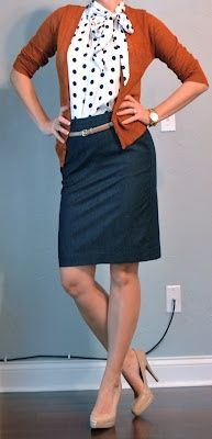Love how the burnt orange goes with the dark blue of the skirt