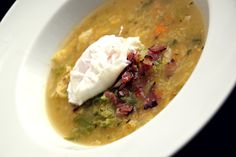 Kapustová polévka se slaninou a ztraceným vejcem Guacamole, Hummus, Soup, Mexican, Ethnic Recipes, Collection, Soups, Mexicans