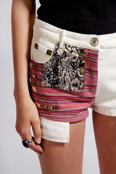 Boutique Candice Stud Aztec Stripe Denim Shorts- people pay for this?? I could easily make these!