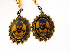Skull and Cross Bones Earrings   Skull Poison  by RainsWonderland