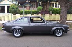 Gunmetal Australian Muscle Cars, Aussie Muscle Cars, American Muscle Cars, Sexy Cars, Hot Cars, Holden Torana, Road Racing, General Motors, Cars And Motorcycles
