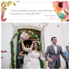 """Nós temos uma ligação muito forte com a fotografia e com essa questão de registrar os momentos, principalmente do casamento. A fotografia é o grande """"baú"""", cheio de memórias. Invista nesse """"baú"""" e suas memórias serão as mais doces e felizes. Quem quiser conhecer um pouquinho sobre a fotógrafa @simonelobo é só passar no nosso blog! Ela ama demais o que faz e vocês vão confirmar através dos lindos registros ♥️#amolapisdenoiva #fotografodecasamento #fotografia #comamor #fornecedorlapisdenoiva…"""