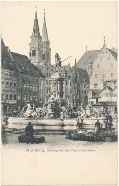 Der Neptunbrunnen auf dem Nürnberger Hauptmarkt. Heute steht er im Stadtpark.