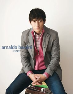 Arnaldo Bassini is unveiling its Spring Season 2012 Men's Collection via a number of ads featuring Go Soo. The themes for the ads vary from sporty to urban vintage to romantic twist. Man In Love, A Good Man, Go Soo, Armie Hammer, My Fair Lady, Korean Actors, Sporty, Romantic, Kimchi