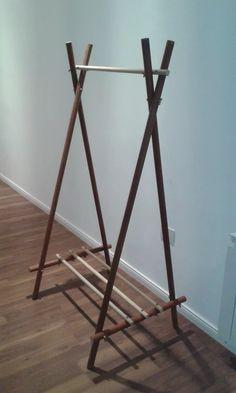 Clothes rack for kids pinterest - Empanelados de madera ...