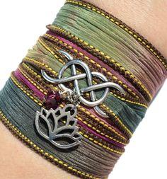 Infinity Silk Wrap Pulsera Yoga joyería por BohemianEarthDesigns