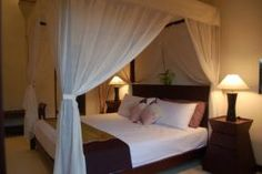 Luxury villas Bali. King sized bed room with all modern facilities in the private villas seminyak bali