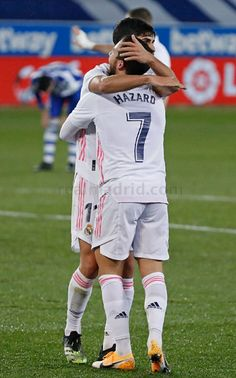 Equipe Real Madrid, Eden Hazard, Soccer Players, Football, Running, Wallpapers, Sports, Football Players, Soccer