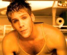 I love this man and his voice! Matchbox Twenty = BEST!     @Kyle Dawson Cook