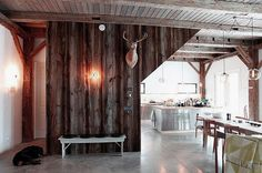 30 Rustic-Chic Interiors to Inspire Your Fall Decor | Gracious Home Blog