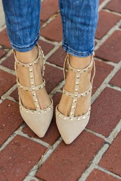 Seriously want these in this color too! Nude Heels, Shoes Heels, Trendy Outfits, Cute Outfits, Walking Tall, Studded Heels, Sneaker Heels, Pretty Shoes, Spring Shoes