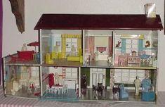 Vintage Dolls Home   Hard Plastic