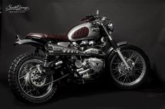 TRIUMPH BONNEVILLE 'ROUGE' - SOUTH GARAGE - OTTONERO