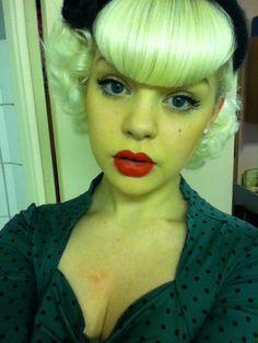 Rockabilly womens hairstyle - hairdo - platinum blonde