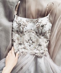 Adorable Outfit Ideas Summer To Wear Right Now outfit ideas summer, Dress to impress Tulle Wedding Dresses, Prom Dresses, Formal Dresses, Prom Gowns Elegant, Dress Prom, Long Dresses, Formal Wear, Wedding Gowns, Pretty Dresses