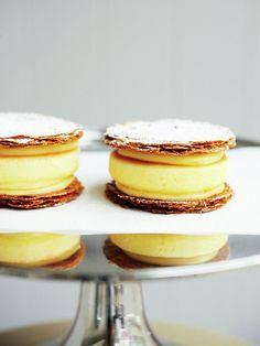 Tokyo Pancakes : 【J.S. Pancake Cafe/パンケーキパイTM】片手でパクッと食べられる遊び心あふれるパンケーキ